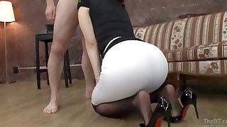 на! Первый раз порно с тимуром онлайн мое…